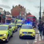 Londra: Accoltella due passanti, ucciso un terrorista islamico