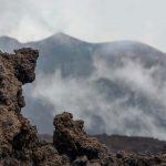 Etna: Nube di cenere alta 4,5 km. E' in corso una nuova eruzione